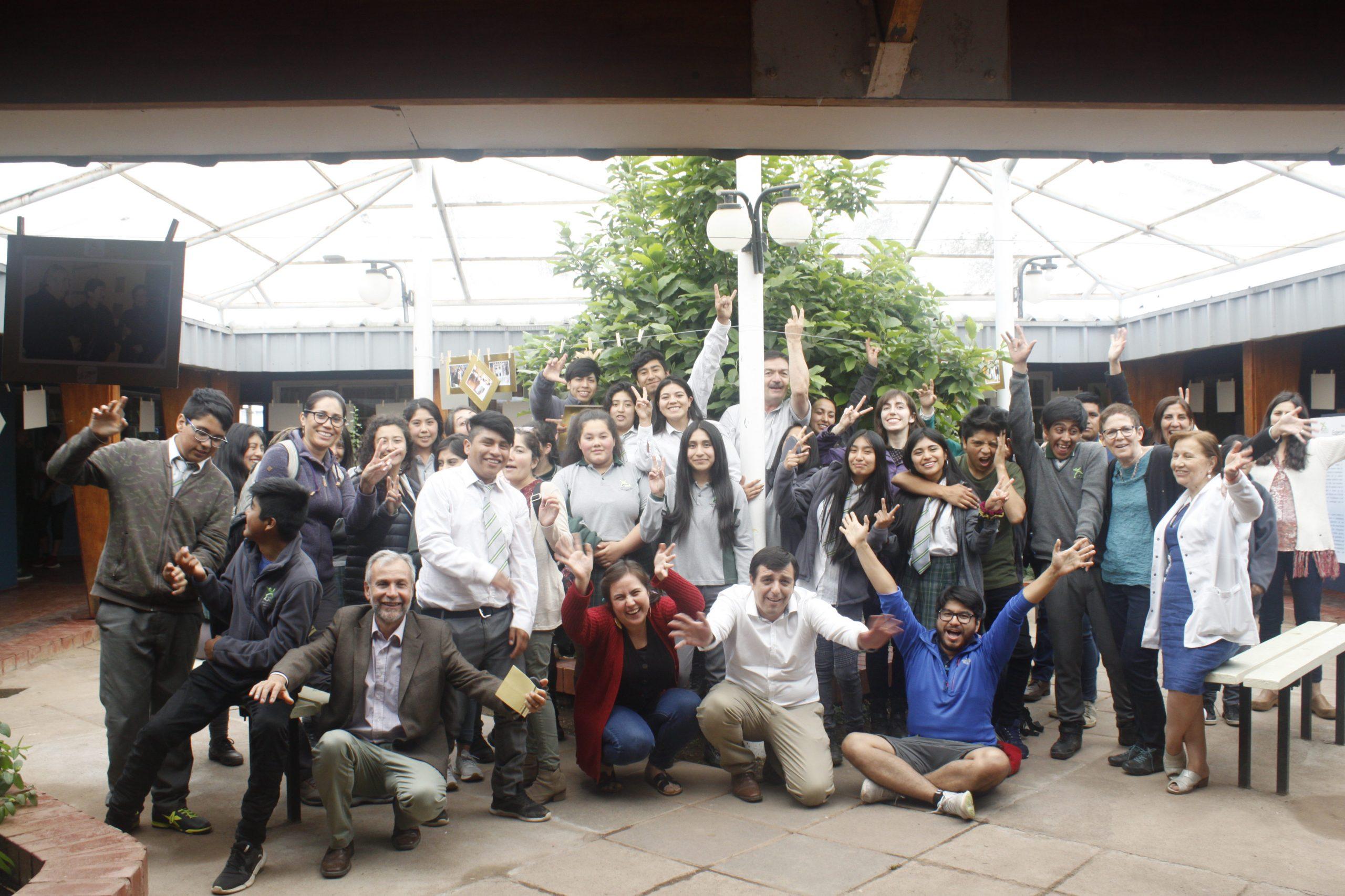 Visita de Coral Regí a Colegio Agrícola Los Mayos